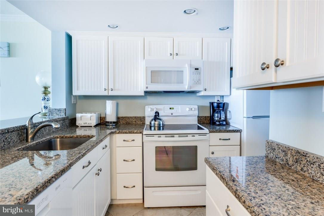1001568092-300419383933-2018-09-06-11-52-14 506 Chesapeake House #506 | Bethany Beach, De Real Estate For Sale | MLS# 1001568092  - Suzanne Macnab