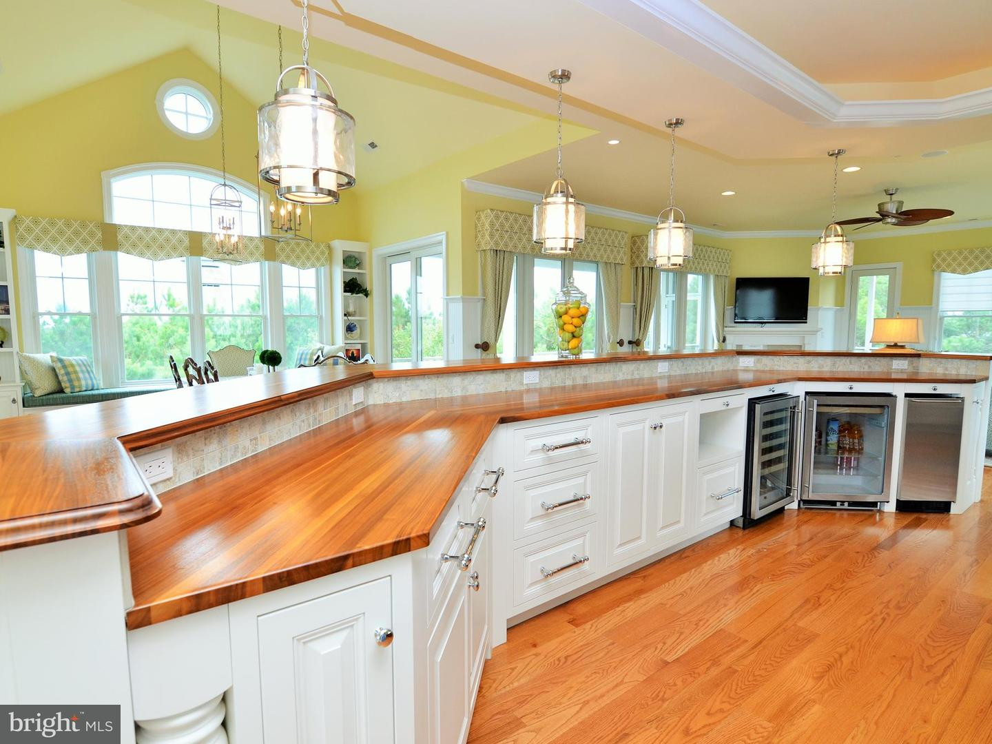 1002293530-300500807888-2018-09-25-15-08-25 31 Hall Ave | Rehoboth Beach, De Real Estate For Sale | MLS# 1002293530  - Suzanne Macnab