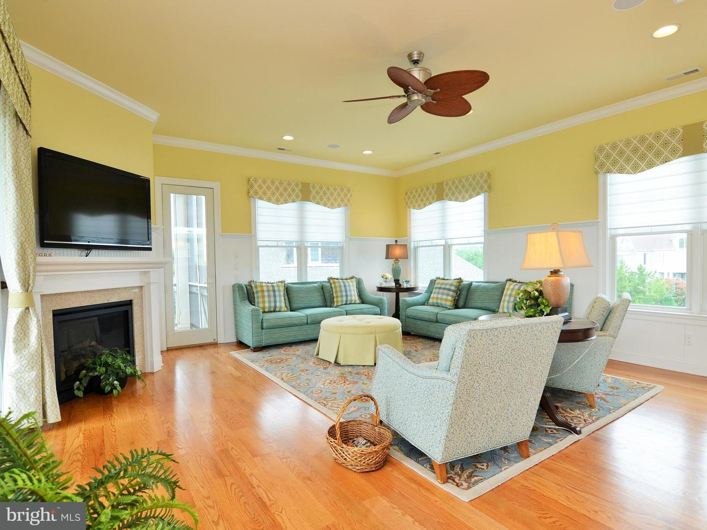 1002293530-300500811025-2018-09-25-15-08-25 31 Hall Ave | Rehoboth Beach, De Real Estate For Sale | MLS# 1002293530  - Suzanne Macnab